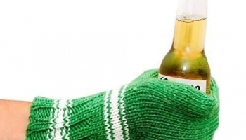 Suzy Beer Mitt Knit Beverage Insulating Koozie